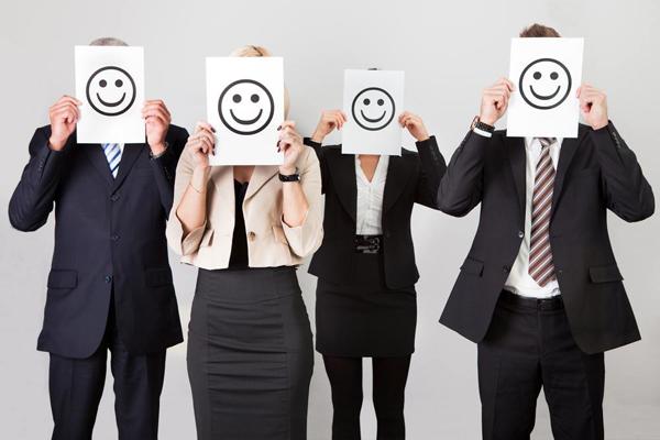 happy-employees-600